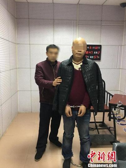 跨省潜逃11年的制毒师傅落网。警方供图
