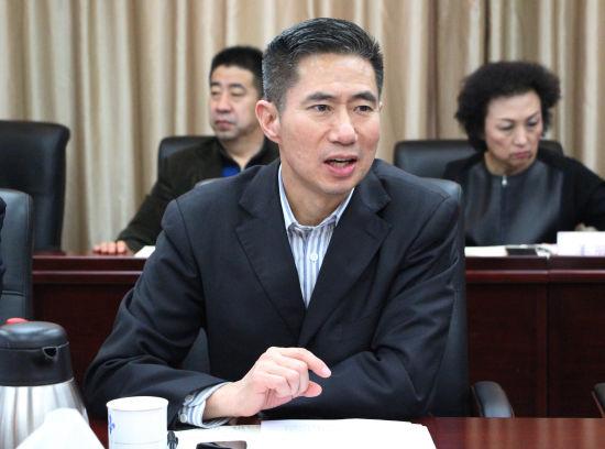"""""""侨商助力新旧动能转换重大工程座谈会""""2月27日在济南举行。"""