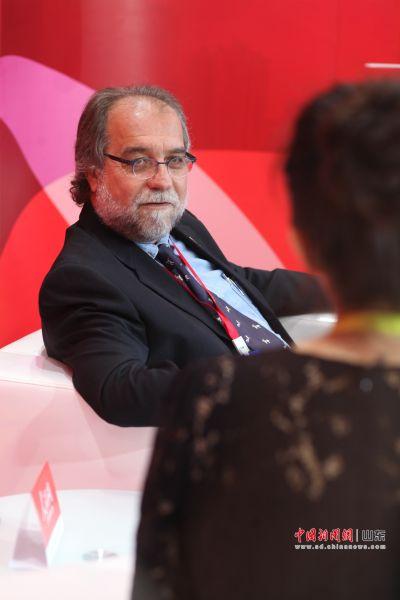 巴西博南布哥联邦农业大学教授古斯塔沃・塔内罗