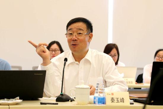 东阿阿胶总裁秦玉峰作卓越绩效质量管理模式案例分享。