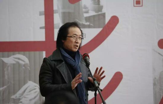 校方代表济南大学美术学院院长刘雷致辞。
