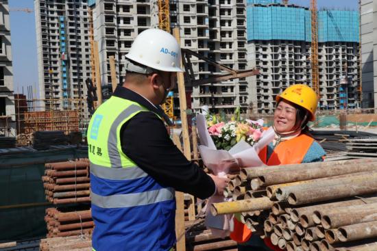 百名建筑行业女性赴山东曲阜体验国学礼仪
