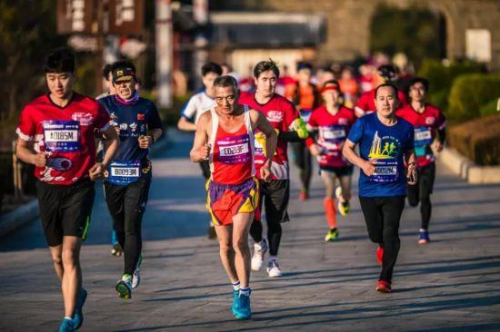 最美蓬莱 醉爱享跑 2019蓬莱葡萄酒国际马拉松报名启动