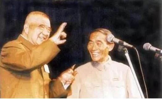 高元钧和杨立德两位大师同台演出。