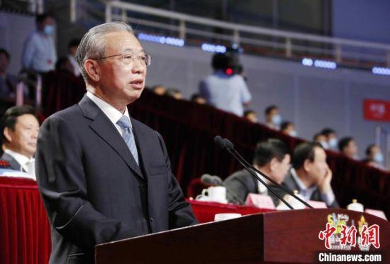 山东省委书记刘家义在开幕式上致辞。 沙见龙 摄