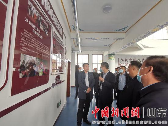 到东关清真寺开展送法服务和宗教中国化宣传调研工作。